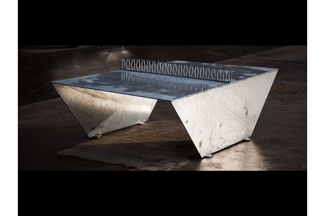 Foto af PingOut table tennis table - galvanized