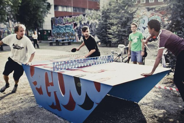 Foto af PingOut table tennis table - decorated